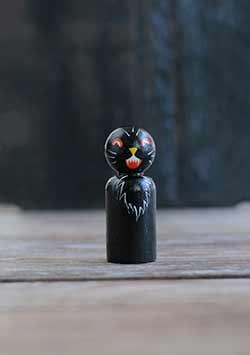Retro Black Cat Peg Doll