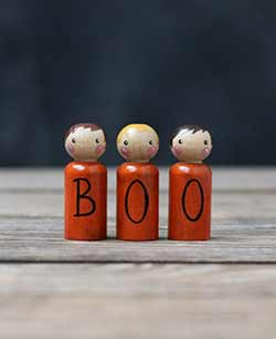 Boo Peg Doll Set