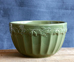 Sage Green Acorn Mixing Bowl (small)