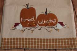 Harvest Gatherings Table Runner