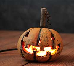 Lighted Traditional Pumpkin Head