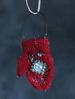 Red Knit Mitten Ornament
