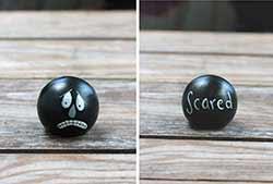 Emotion Peg Doll - Black / Scared