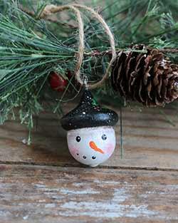 Primitive Snowman Acorn Ornament